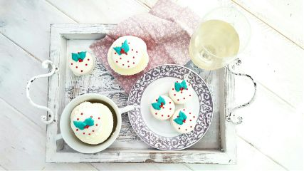 macarons macaronschristmas sweet cakepuntcom white