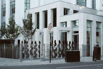minimal minimalism keepitsimple streetphotography architecture